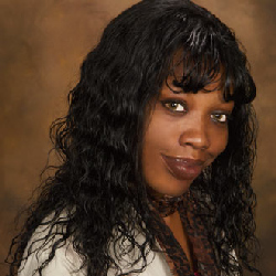 Find love or a relationship confusing? Give Psychic Arielle a call at: 1-866-407-7164