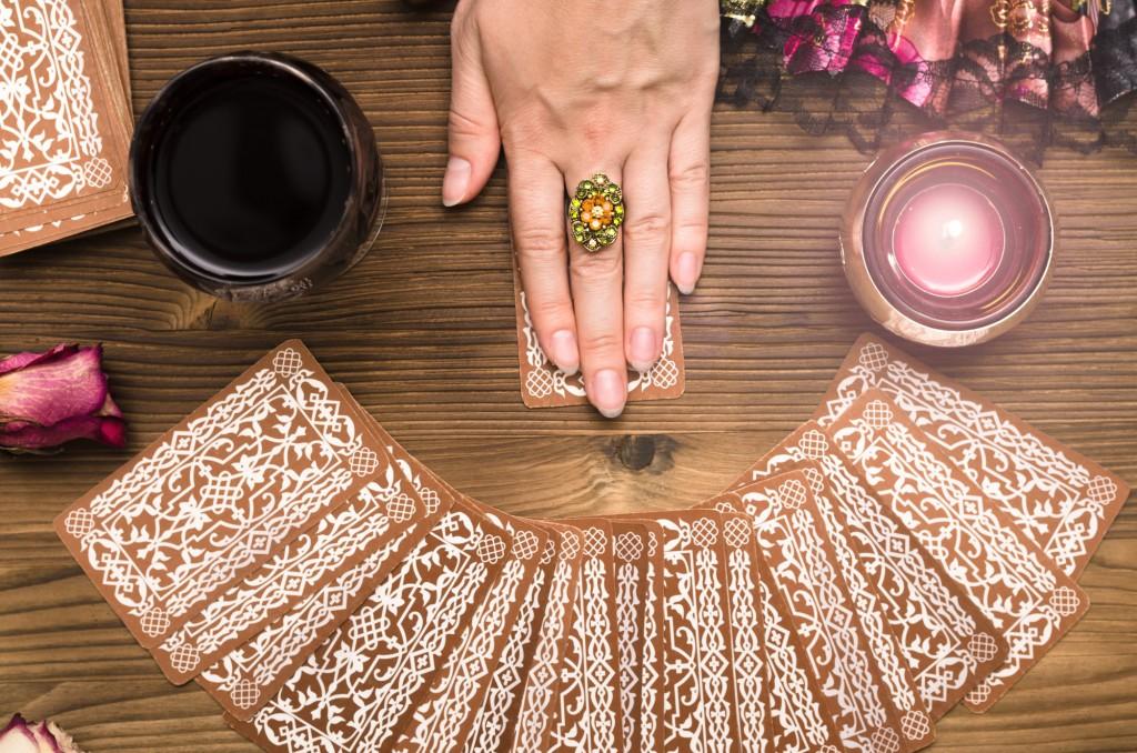 psychic tarot reading